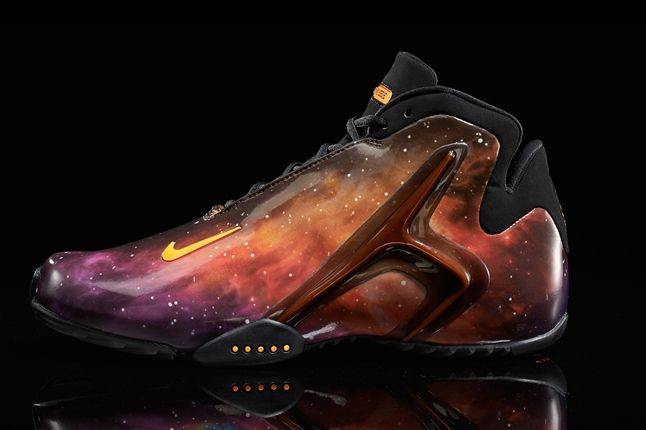 Nike Hyperflight Superhero Galaxy Profile 1