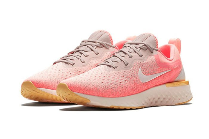 Nike Odyssey React Olive Pink 7