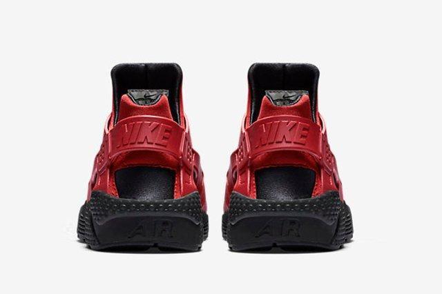 Nike Huarache Gym Red Black 2