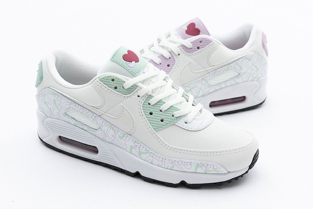 Valentines Day Nike Air Max 90 Air Force 1 07 Se Right