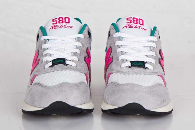 X Girl New Balance 580 1