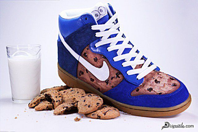 Nike Diversitile Customs Nom Nom Nom Dunks 1 1 640X426