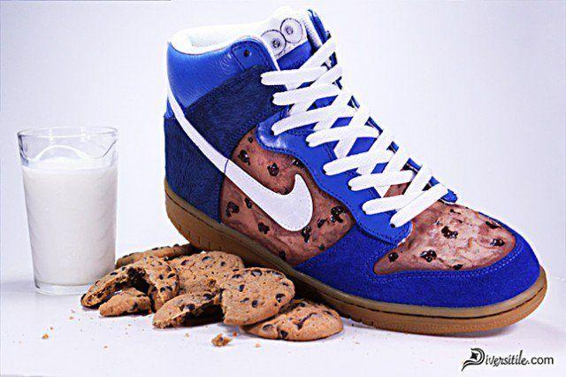 Nike Diversitile Customs Nom Nom Nom Dunks 1 1 640X426