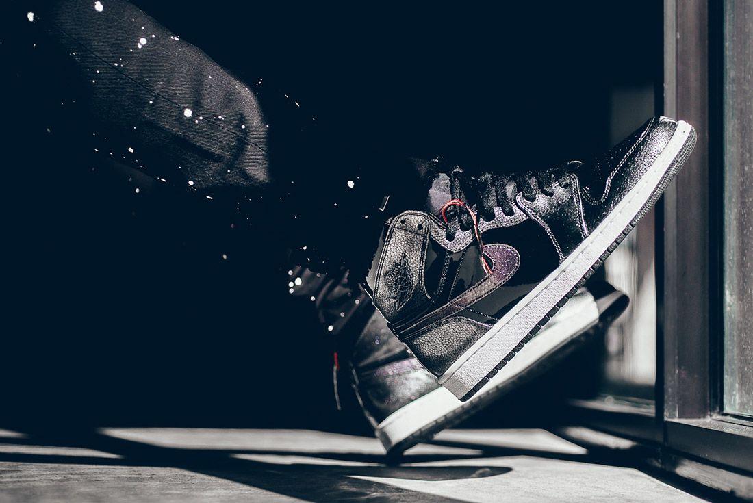 Air Jordan 1 Black Metallic 1