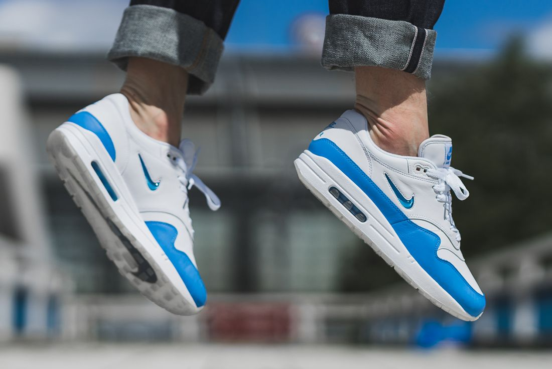 Nike Air Max 1 Jewel University Blue 1