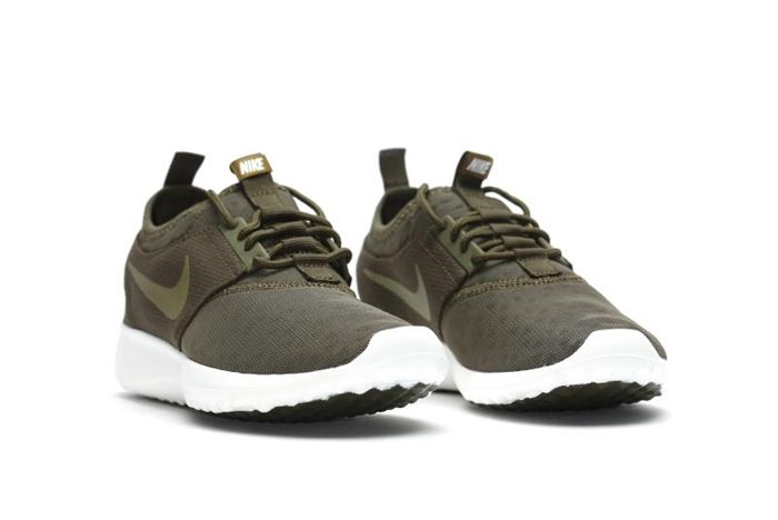 Nike Wmns Juvenate Dark Loden 2