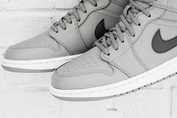 Air Jordan 1 Mid Cool Grey 5