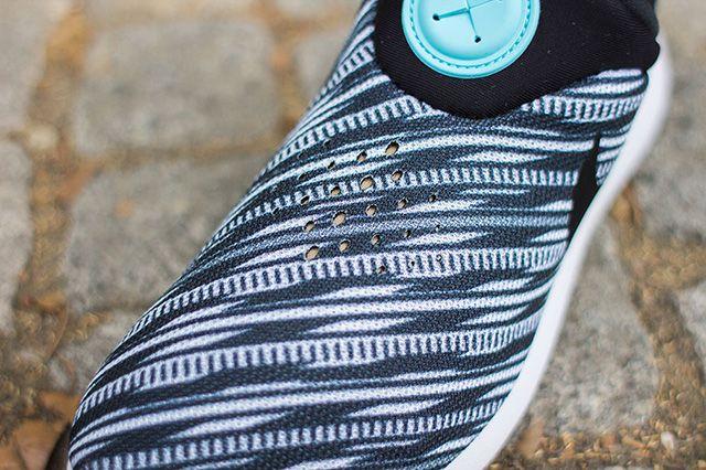 Nike Roshe Run Slip On 1