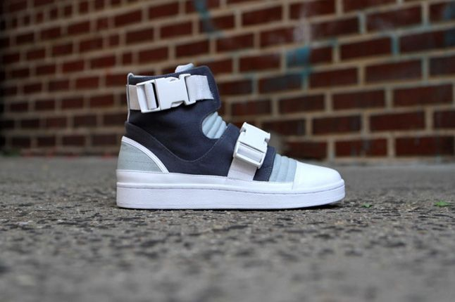 Adidas Slvr Buckle High Top 02 1