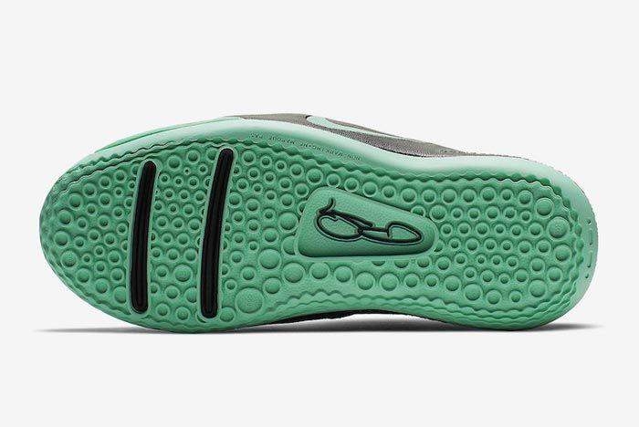 Nike Pg3 Menta Green Outsole