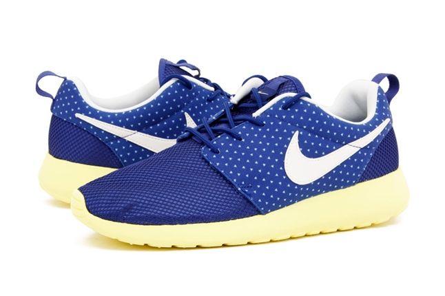 Nike Roshe Run Polka Blue Hero 1