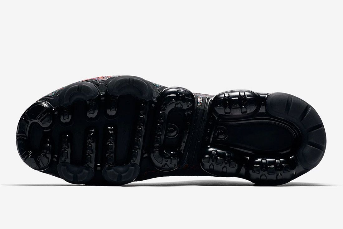 Nike Air Vapormax Chinese New Year 3