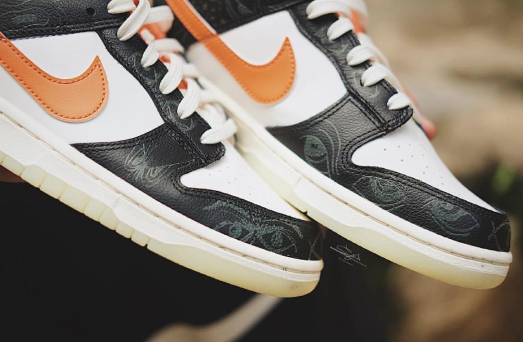 Nike Dunk Low 'Halloween' In-Hand Shots