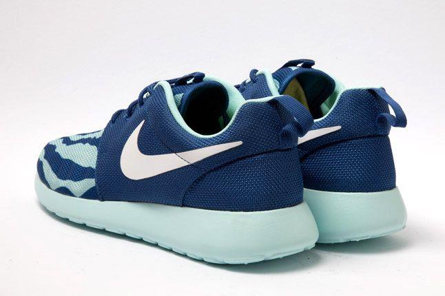 Nike Roshe Run Blue Heel Seafoam 1