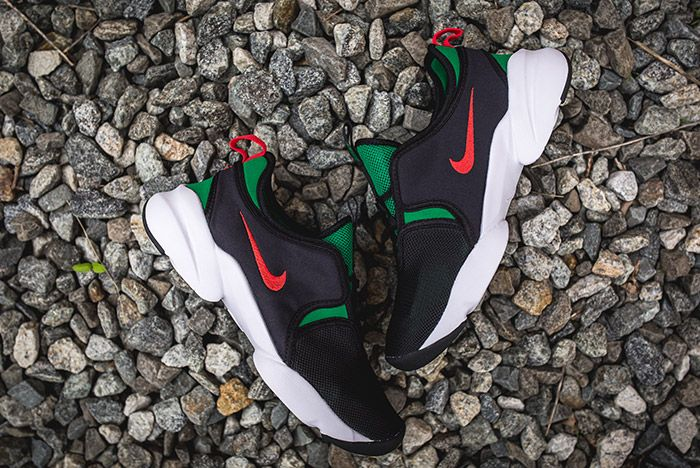 Nike Loden Womens Black Atomic Red Pine Green 2