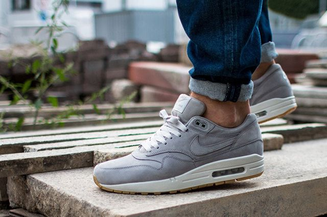 Nike Air Max 1 Leather Premium Medium Grey