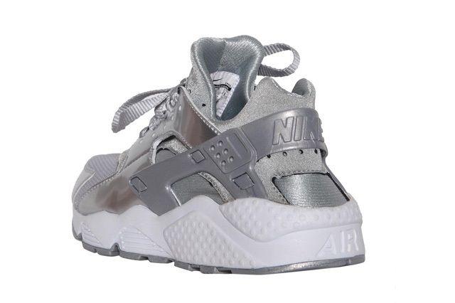 Nike Wmns Air Huarache Metallic Silver 2