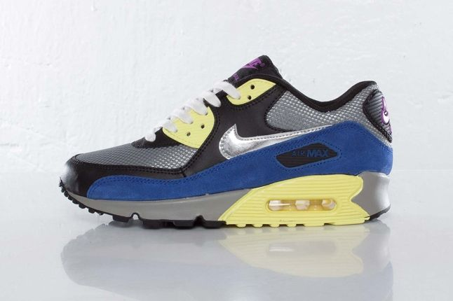 Nike Wmns Airmax90 Profile 1