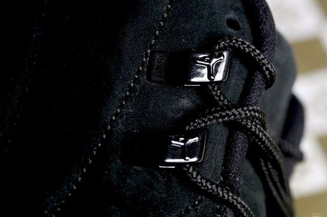 Air Jordan 12 Ovo Black 3