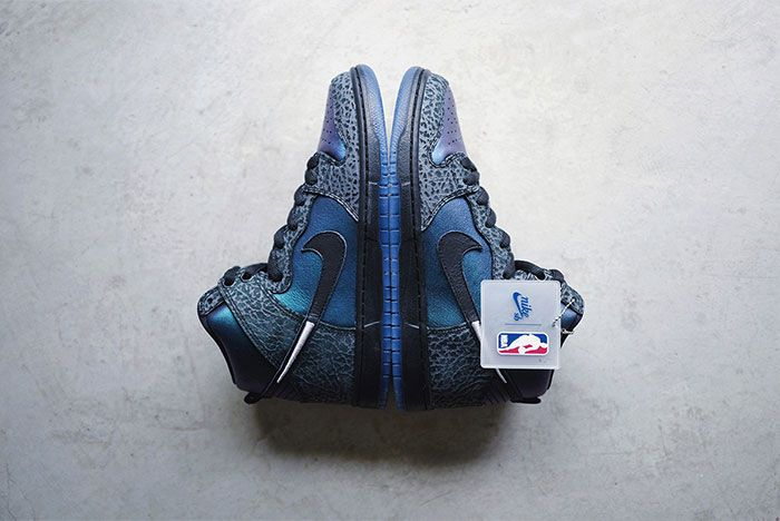 Black Sheep X Nike Sb Dunk High Black Hornet Close Ups6