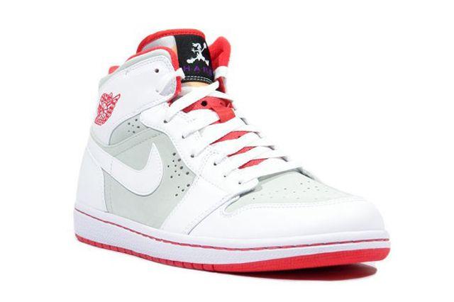 Air Jordan 1 Hare