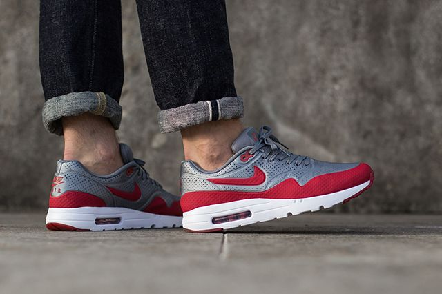Nike Air Max 1 Ultra Moire Metallic Cool Grey Gym Red 3