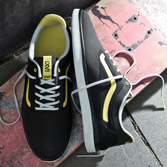 Vans Light Weight Black Yellow 1