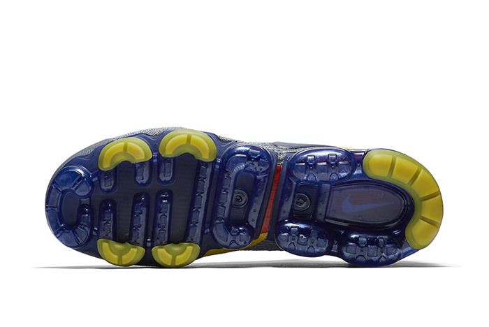 Nike Air Vapor Max Flyknit Moc 2 13