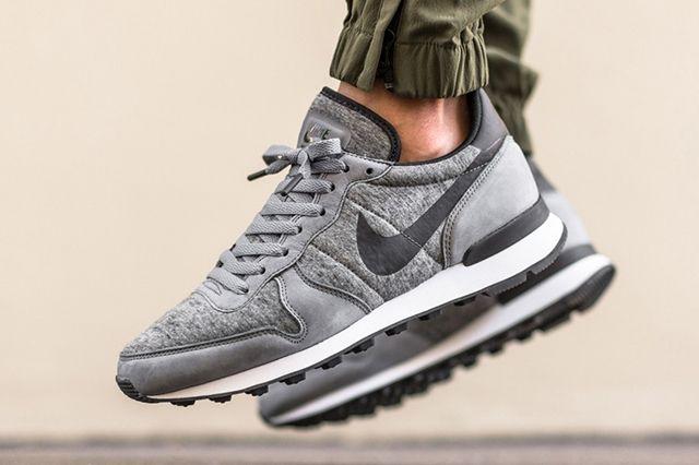 Nike Internationalist Tech Fleece 2