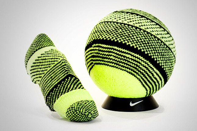 Nike Flyknit Tokyo 1