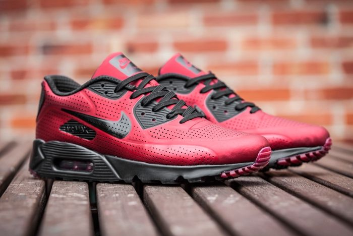 Nike Airmax Moire 1 Red Black 1