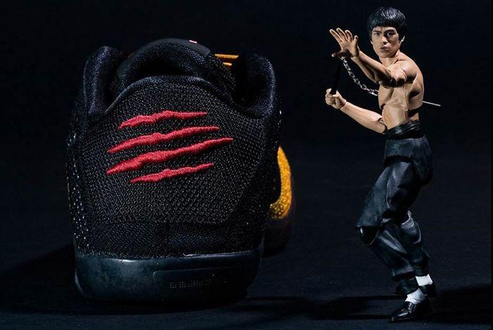 Nike Kobe 11 Bruce Lee 10
