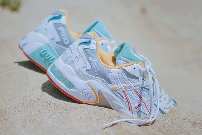 Ronnie Fieg Asics Gel Kayano 5 2019 Teaser First Look Release Date Beach Pair