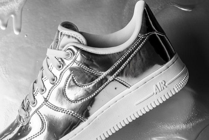 Nike Air Force 1 Liquid Metal Silver Heel Close Up