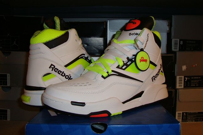 Rebecca Dahms Wmns Basketball Collection Reebok Pump Twilight Zone Yellow 1