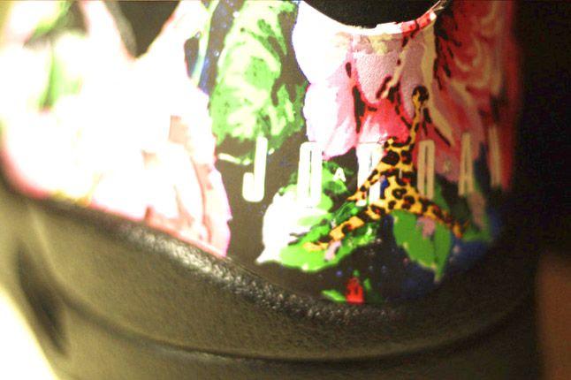 Rocket Boy Nift Jordans Heel Detail 1