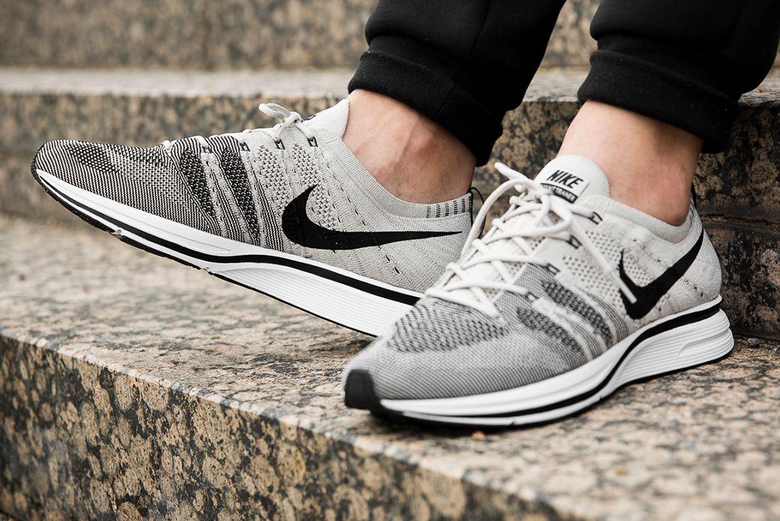 Nike Flyknit Treainer Pale Grey 3