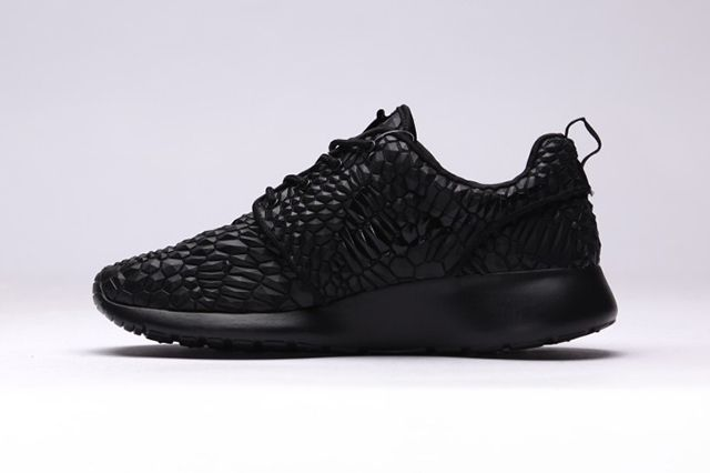 Nike Roshe One Dmb Triple Black5