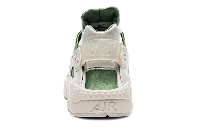 Nike Air Huarache Treeline 2