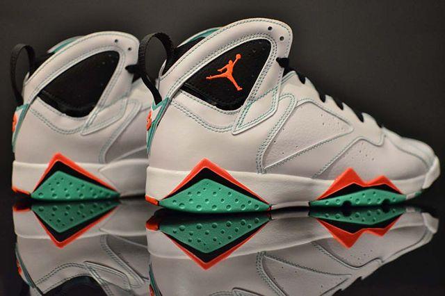 Air Jordan 7 Verde 4