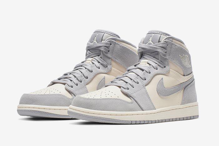 Air Jordan 1 Pale Ivory Pairs