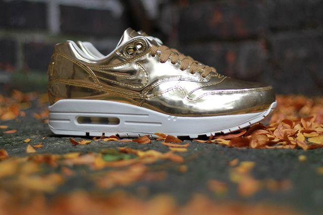 Nike Air Max 1 Wmns Sp Liquid Metal 5