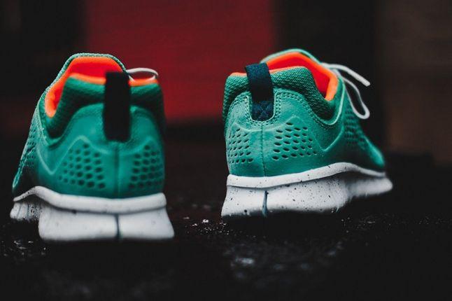 Nike Free Powerlines Ii Atomic Teal Heels 1