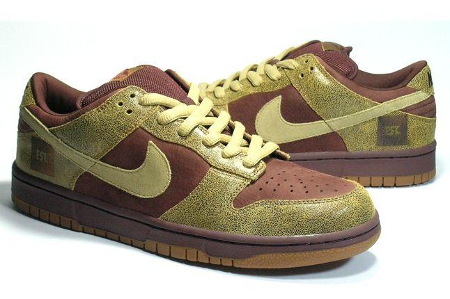 Nike Dunk Sample Disrtressed Pair 1