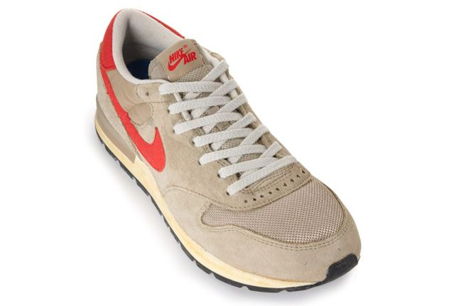 Nike Air Epic Tan 02 1