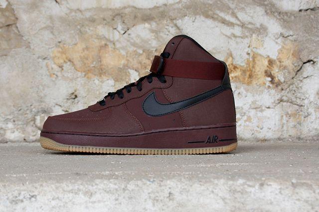 Nike Air Force 1 Brown Gum 1