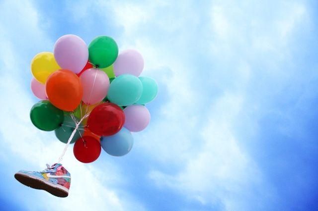 Red Ribbon Recon X Diversitile Dunk Balloon
