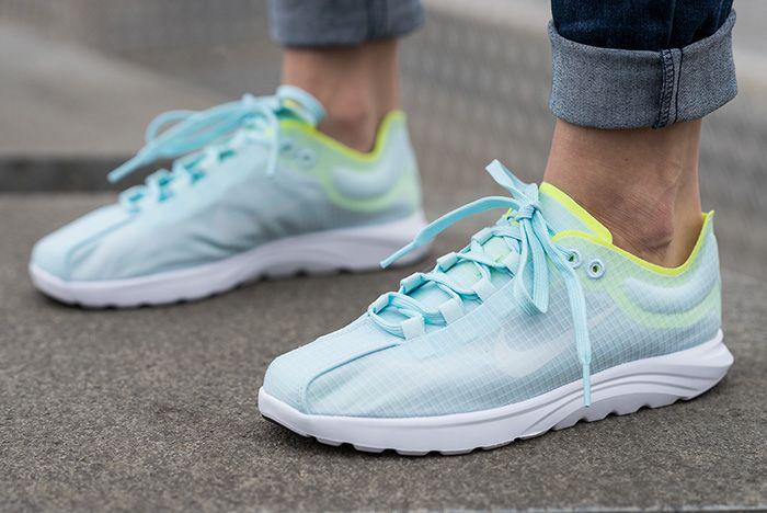 Nike Mayfly Lite Glacier Bluevolt 2