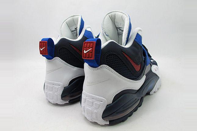 Nike Air Speed Turf Max 05 1