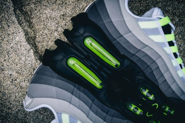 Nike Air Max95 Ogneon Bumper 2